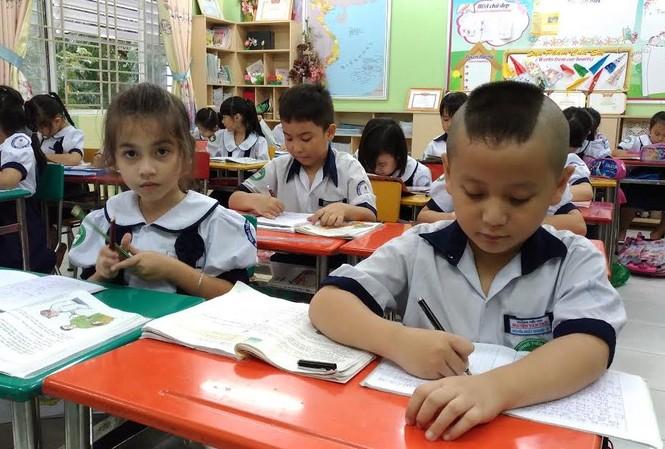 Học sinh TPHCM được học thêm trên cơ sở tự nguyện.