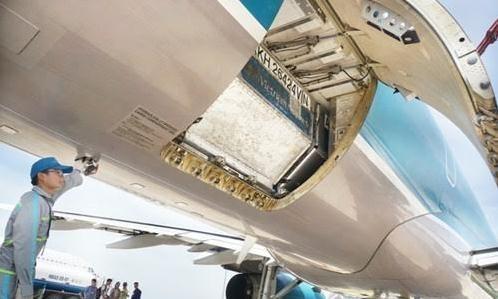 Hàng không nhận vận chuyển miễn phí hàng cứu trợ miền Trung
