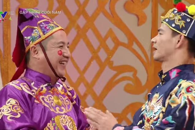 Nghệ sĩ Chí Trung vào vai Táo Xã hội trong Táo quân 2016.