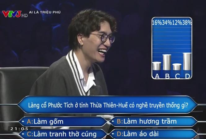 """Châu Đăng Khoa nghi ngờ bị khán giả """"troll"""" trong chương trình Ai là triệu phú."""