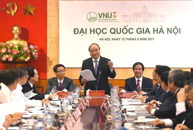 Thủ tướng đánh giá cao bộ vi xử lý được nghiên cứu của Đại học Quốc gia.