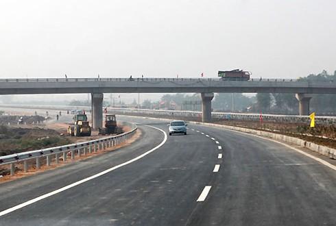 Quốc lộ 3 mới hiện được thiết kế theo tiêu chuẩn cao tốc. Ảnh: MT