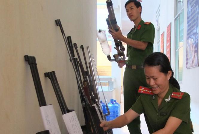 Loại súng tự chế mà Y Năng đã bắn chết Y Diốt. Ảnh minh họa báo Phú Yên