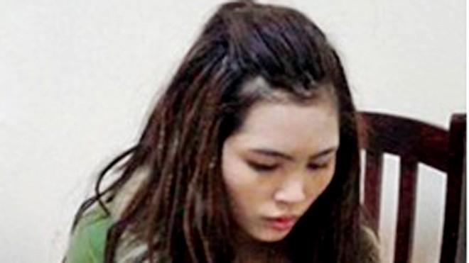 'Má mì' 19 tuổi điều hành 40 tiếp viên karaoke kiêm bán dâm