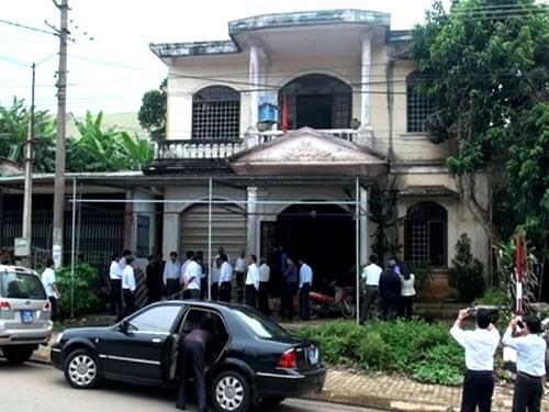 Ngôi nhà trước đây của ông Hải nay đã bị ngân hàng bán đấu giá nhưng người trúng đấu giá vẫn chưa được vào ở
