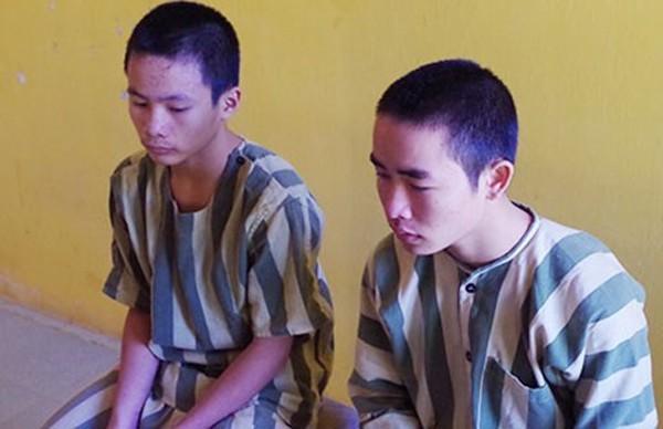 Lò Minh Quân và Lục Văn Quang tại cơ quan điều tra