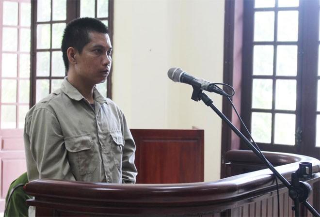 Bị cáo Nguyễn Văn Tính trước vành móng ngựa