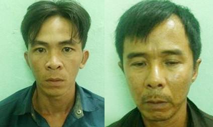 Hai đối tượng cướp giật bị người dân bắt giữ - Ảnh: Tuấn Thành