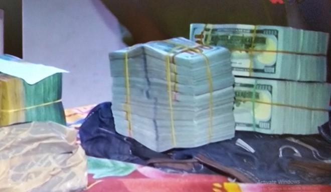 340.000 USD và 110.000 AUS của ông Trương đã bị công an tạm giữ
