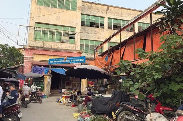 Quận Thanh Xuân bố trí miễn phí 3 tháng cho người buôn bán hàng rong vào trong chợ