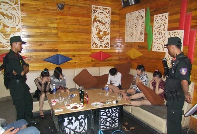 25 người trong Phòng Karaoke dương tính với ma túy