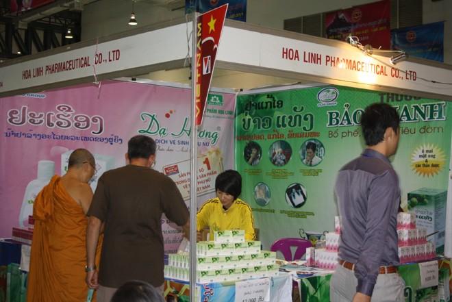 Thuốc ho Bảo Thanh tham gia hội chợ tại Lào