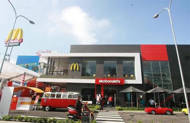 Khai trương cửa hàng Mc Donald's đầu tiên tại Việt Nam