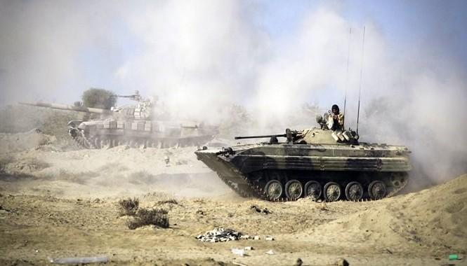 Cuộc tập trận lớn bắt đầu từ ngày 25/12 đến 31/12 có tên Mohammad Rasoulollah, phủ rộng từ Bắc Ấn Độ Dương đến kênh Hormuz, rồi các tỉnh miền Nam Iran như Sistan-Baluchestan và Hormozgan.