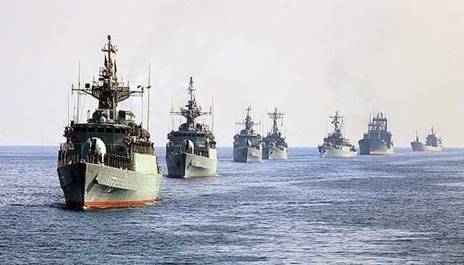 Các tàu chiến tham gia cuộc duyệt binh.