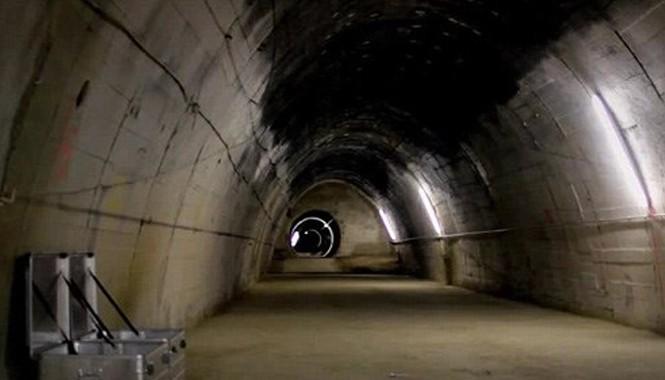 Đường hầm bí mật dưới lòng đất..