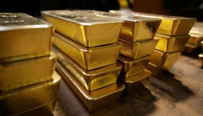 Theo một số tài liệu, triệu phú Leon Trabuco và các đối tác kinh doanh đã thu mua một số lượng vàng lớn ở Mexico và dự định sẽ đem bán ở Mỹ.
