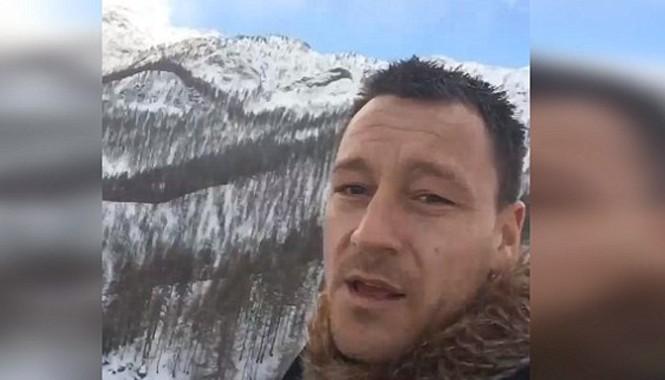 Tranh thủ kỳ nghỉ Terry tập chạy trên núi.