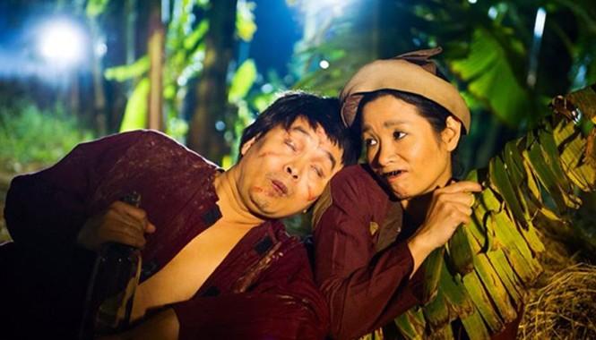 Xuân Hinh và nghệ sĩ Thanh Thanh Hiền trong một tiểu phẩm hài Tết 2015.