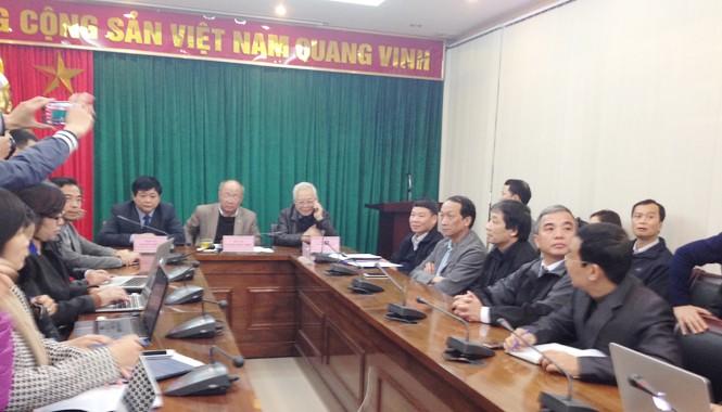 Ban Bảo vệ Chăm sóc sức khỏe Trung ương trao đổi với báo giới thông tin về sức khỏe của ông Thanh.
