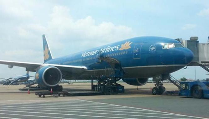 """Tội phạm """"dọa"""" bom chuyến bay VN253 của Vietnam Airlines hôm 5/1 bị cấm bay 1 năm."""