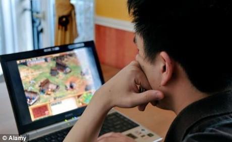 Game thủ Đài Loan chết dau khi chơi game 3 ngày không nghỉ. Ảnh minh họa: Daily Mail.