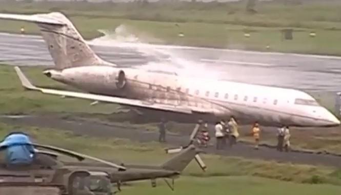 Máy bay Philippines vượt quá đường băng khi Giáo hoàng vừa rời đi