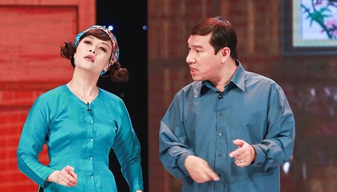 Để chuẩn bị cho các chương trình phát sóng trong dịp Tết nguyên đán Ất Mùi, tối 18/1, Gala Cười 2015 đã diễn ra buổi ghi hình đầu tiên tại Cung Hữu Nghị, Hà Nội.