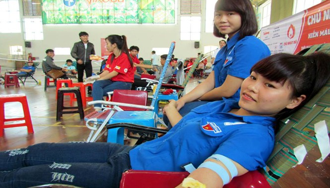 Bạn Trần Thị Ý Như, sinh viên lớp M19A, trường CĐSP Trung ương Nha Trang.