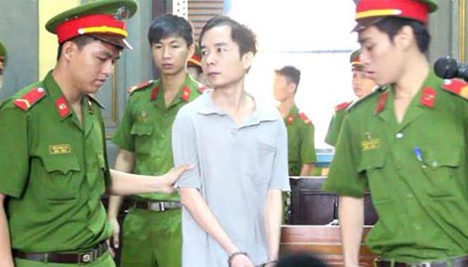 Bị cáo Sơn sau phiên xử.
