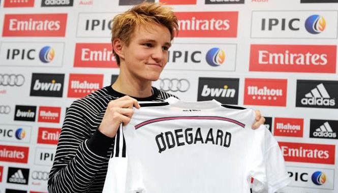 Odegaard gia nhập Barcelona vì ghét Messi.