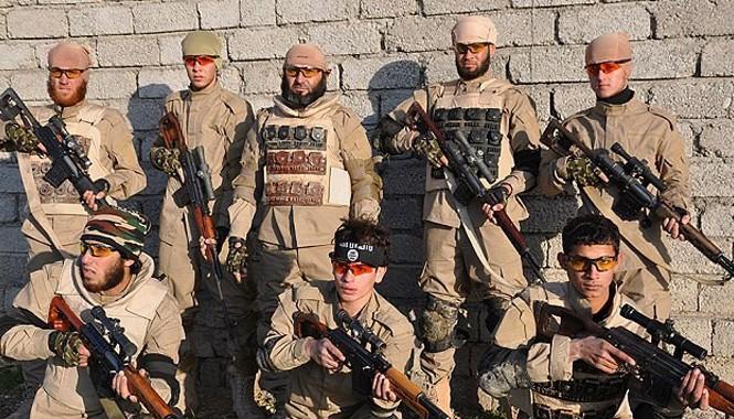 Đội bắn tỉa của phiến quân IS.
