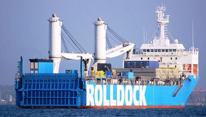 Tàu vận tải Rolldock Star chở theo tàu ngầm HQ 184 Hải Phòng.
