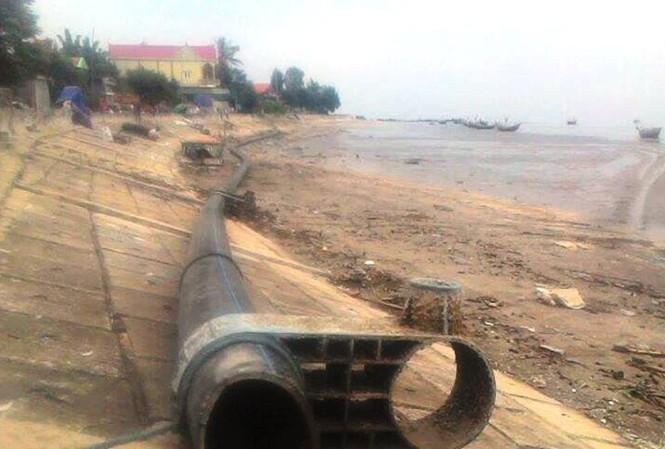Cận cảnh đường ống bí ẩn