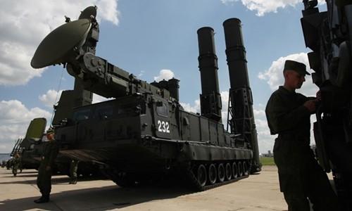 Hệ thống S-300. Ảnh: RIA Novosti.