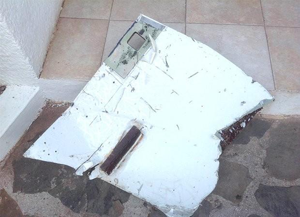 Mảnh vỡ của MH370 được tìm thấy tại Mauritius.