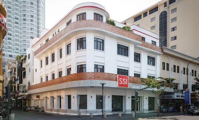 Công ty chứng khoán nội được SCIC chọn trong liên danh tư vấn bán VNM.