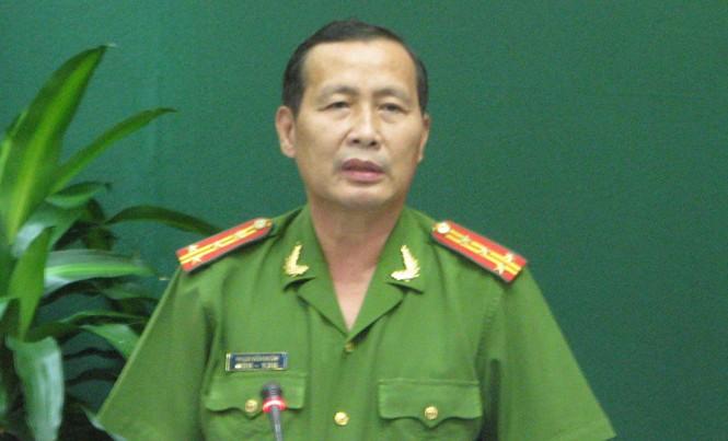 Đại tá Phạm Văn Ngân, Phó giám đốc Công an tỉnh Vĩnh Long phát biểu. Ảnh: Hoà Hội.