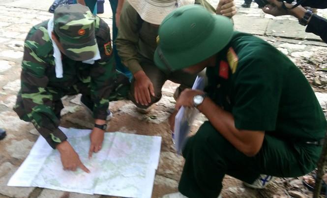 Lực lượng chức năng lập nhiều đoàn tìm kiếm theo bốn hướng với nhiều lực lượng phối hợp tìm kiếm.