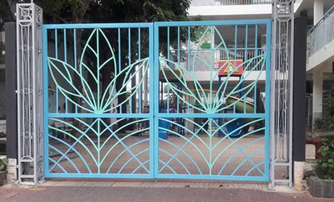 Hiện trường phía cổng trường mầm non ở phường 8, TP Vũng Tàu, nơi cháu H. bị chích kim tiêm có máu của người bị nhiễm HIV. Ảnh: Song Nguyễn.