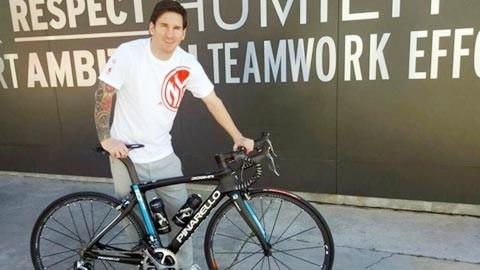 Messi được tặng 'ngựa sắt' giá 10.000 euro