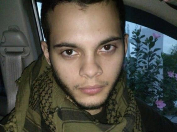 Esteban Santiago (26 tuổi), từng phục vụ trong quân đội Mỹ, là nghi phạm gây ra vụ tấn công ở sân bay quốc tế Fort Lauderdale. Ảnh: Independent.
