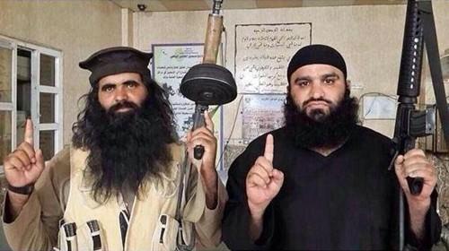 Abu Anas al-Iraqi (trái). Ảnh: Twitter.