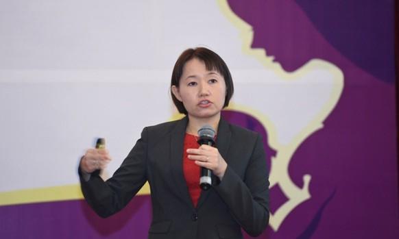 TS. Low Yen Ling, Trung tâm Nghiên cứu & Phát triển, Abbott Nutrition châu Á Thái Bình Dương phát biểu tại sự kiện ra mắt hướng dẫn.