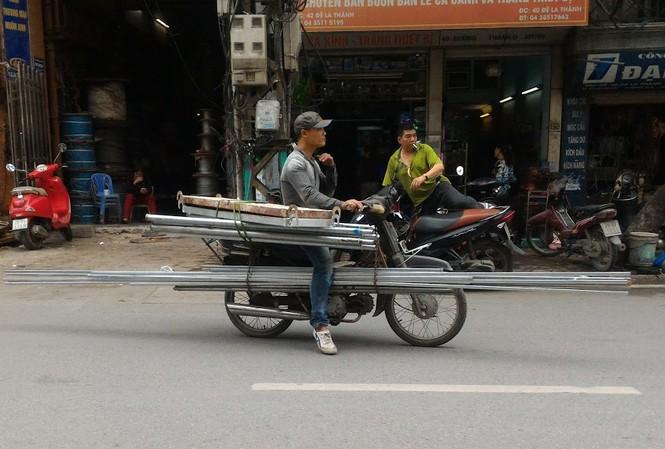 Những chiếc xe 'dã chiến' giữa lòng Thủ đô