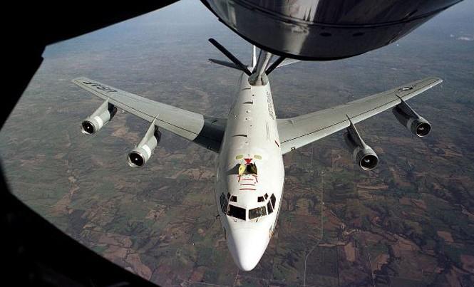 Máy bay WC-135 của Mỹ.