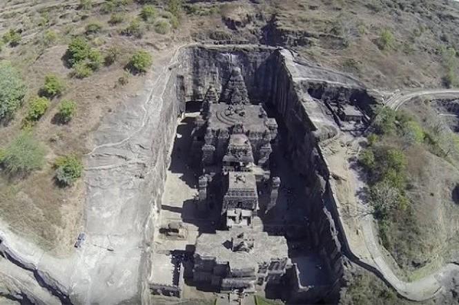Ngôi đền Kailasa.