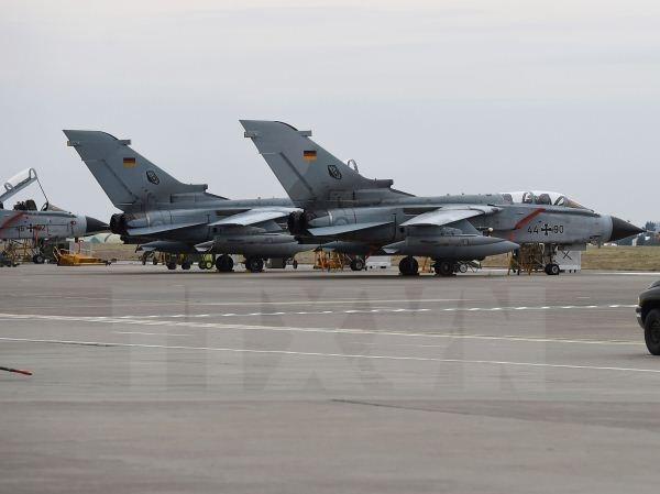 Máy bay chiến đấu Tornado của quân đội Đức tại căn cứ không quân Incirlik, Thổ Nhĩ Kỳ, ngày 21/1/2016. Nguồn: AFP/TTXVN.