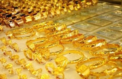 Vàng sụt về sát mốc 36 triệu, tỷ giá vẫn tăng mạnh