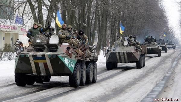 Quân đội Ukraine tại thị trấn Volnovakha, miền đông Ukraine.